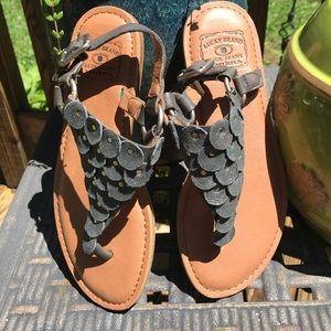 Women's Size 6 - Lucky Brand Thong Sandals